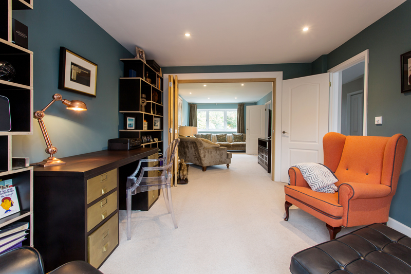 Tips for working remotely - home office break out space